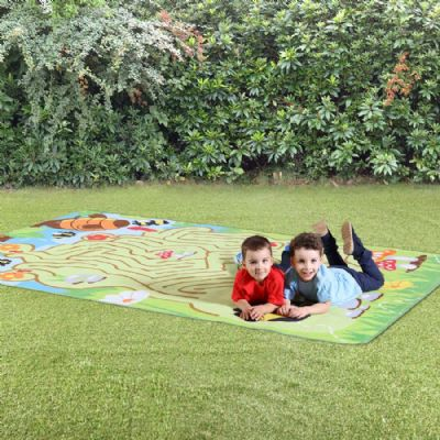 Back To Nature Bee Maze Outdoor Mat,Children's carpets,children's story time carpets and cushions,classroom carpets,primary school carpets and rugs
